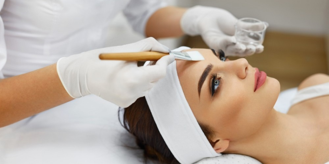The best stem cell therapy for anti-aging include stem cell therapy creams, MSC injections, 'vampire facials' and plant stem cells.